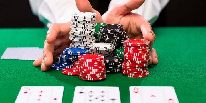 Building Better Poker Strategy – Poker Psychology and the Art of Deception